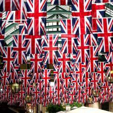Banderas de Inglaterra en el techo