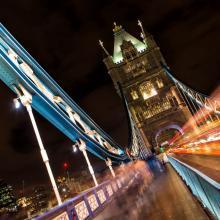 Cruzando el Tower Bridge